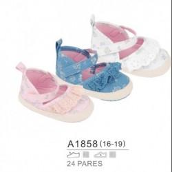 Zapatos bebe estampados y detalle puntilla