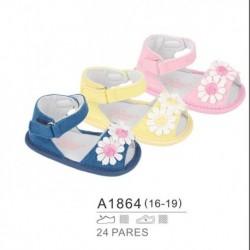 Zapatos bebe de verano detalle margaritas y cierre velcro